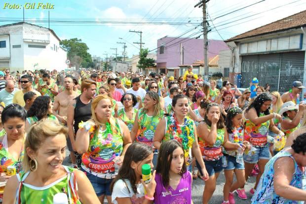 O tradicional Bloco do Onze abriu o carnaval no Ipiranga