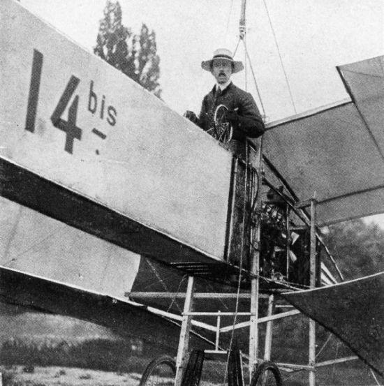 o 14-Bis de Dumont teve uma decolagem autopropulsada, reconhecida oficialmente por publico e jornalistas